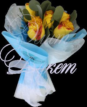 5 роз Кения с эвкалиптом в упаковке «Солнечное небо»