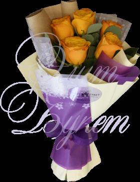 5 роз Кения с эвкалиптом «Вкус мёда»