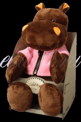 Бегемот в розовой кофте