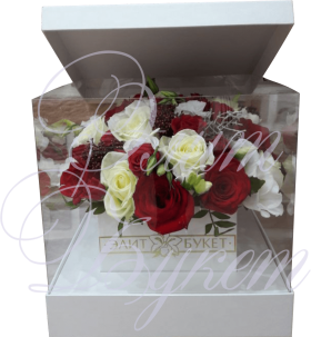 Букет в коробке «Пылкая любовь»